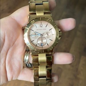 Michael Kors Oversized rose tone watch